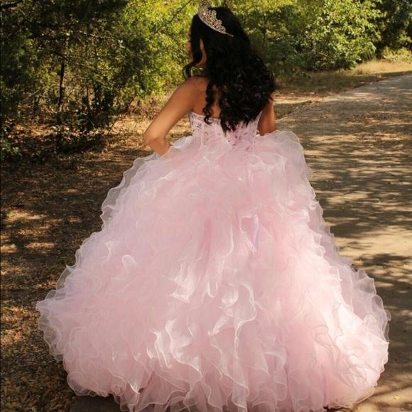 15 dress light pink with ruffles💗🌸